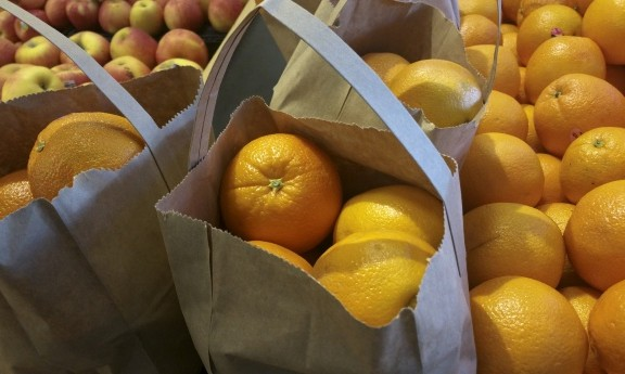 oranges-in-brown-bag