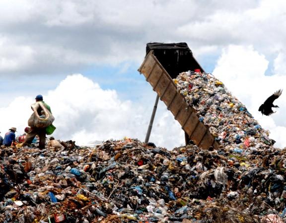Predomínio de lixões ainda é um problema para a PNRS